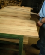 Staves assembly for barrels production TONNELLERIE SIRUGUE