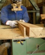 Precision of sawing to define a stave TONNELLERIE SIRUGUE